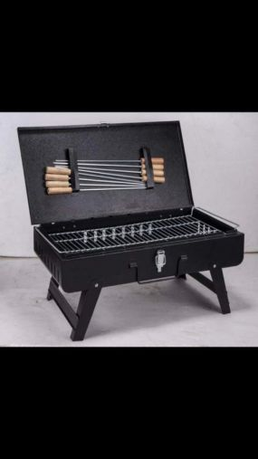 BKR® Iron Suitcase Charcoal Barbeque Grill with 8pcs Skewers Set HM0601